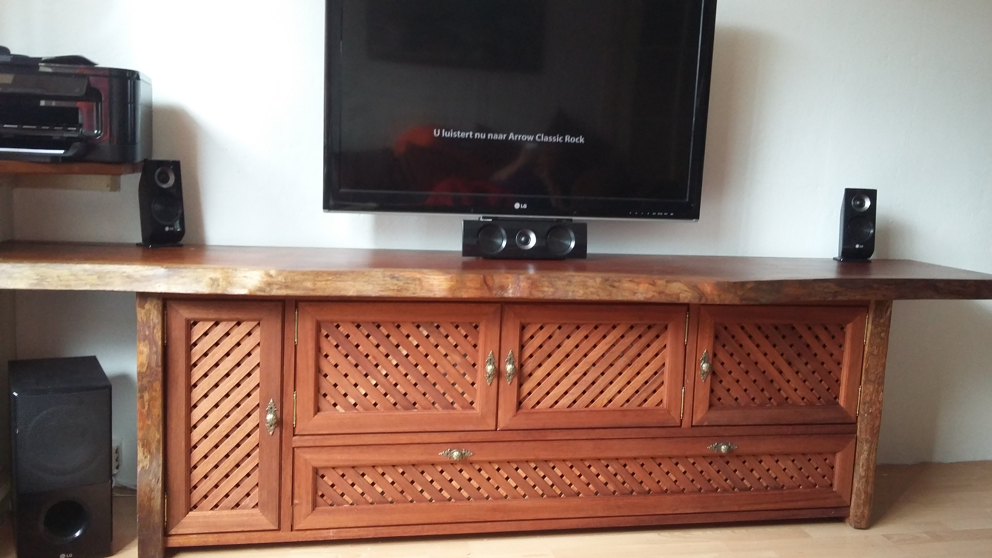 Mahonie Tv Meubel : Project t.v. kast mahonie t.o.f. friedrich beste in hout